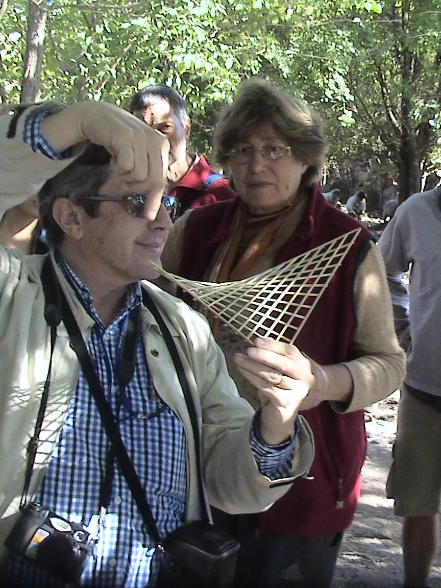 Ing Saleme -Arq Donato:.  Un paraboloide en bambú ! que construimos con estos dos Eco profesionales.